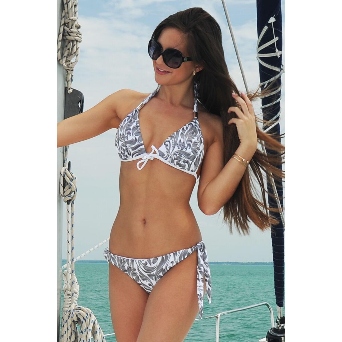 Elegáns mintás push-up háromszög bikini, nyakban megkötős melltartóval és oldalt megkötős bugyival.