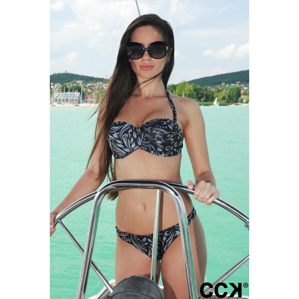 Fekete elegáns mintás álcsavart bandeau bikini, pánt nélkül is hordható.