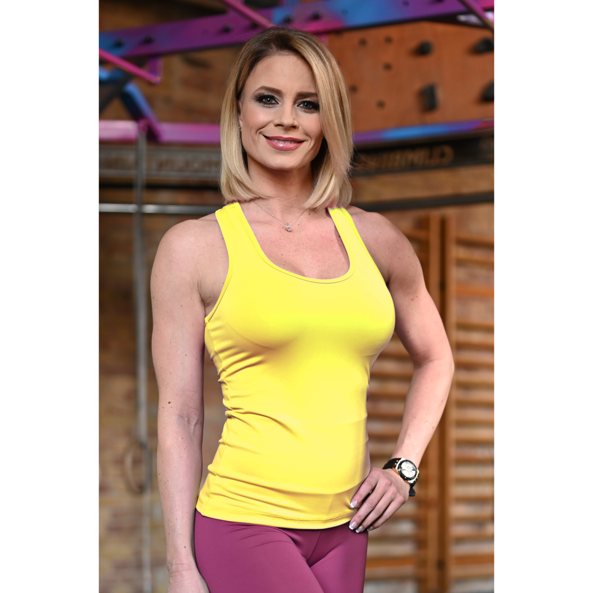 Napsárga basic női fitness atléta