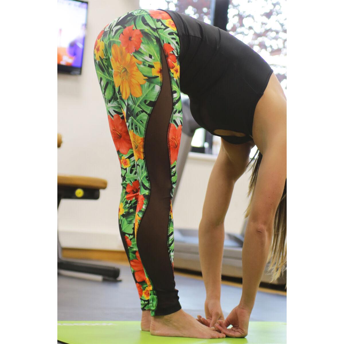 Női tüllbetétes láng fitness leggings, dzsungel-fekete