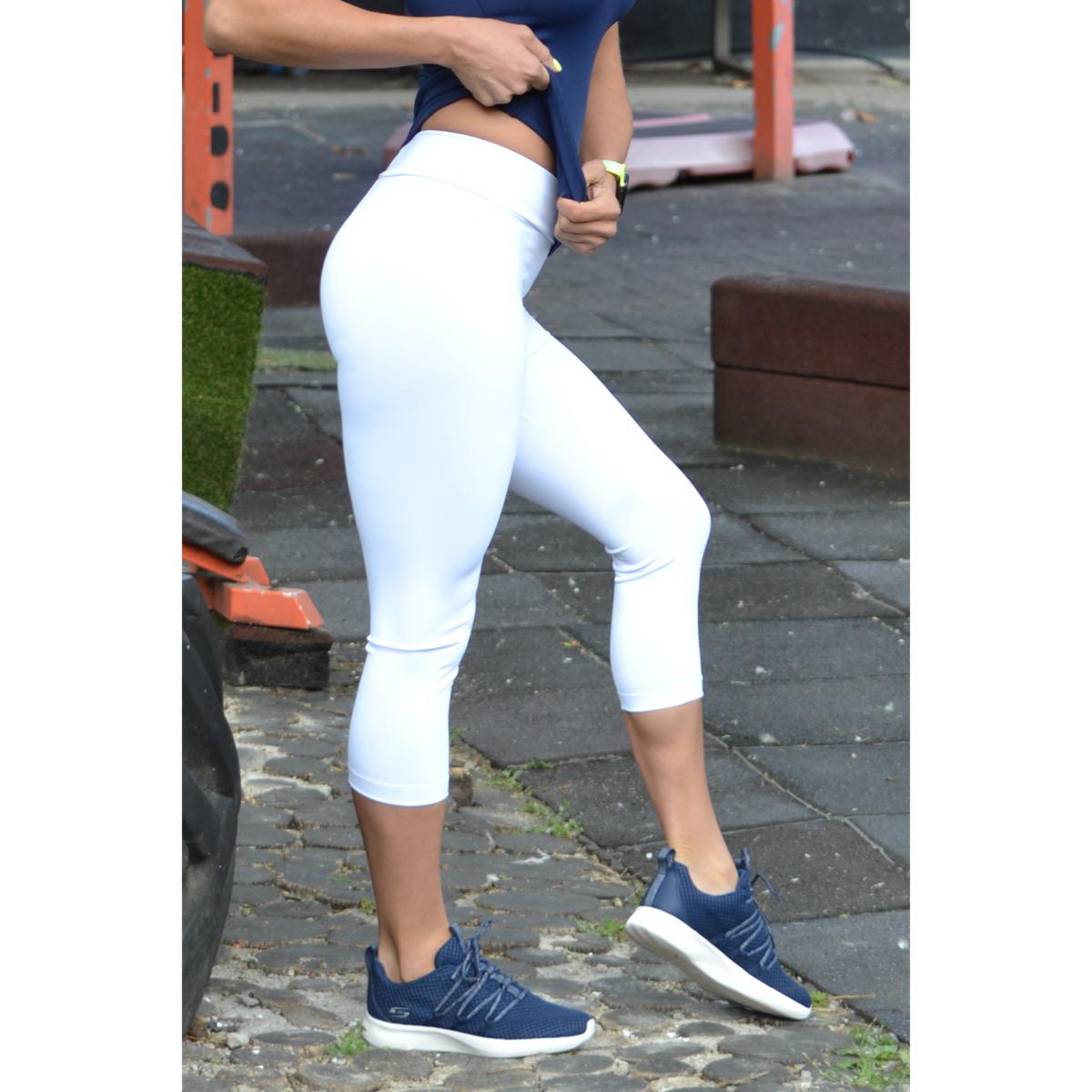 Fehér basic női fitness sport capri nadrág