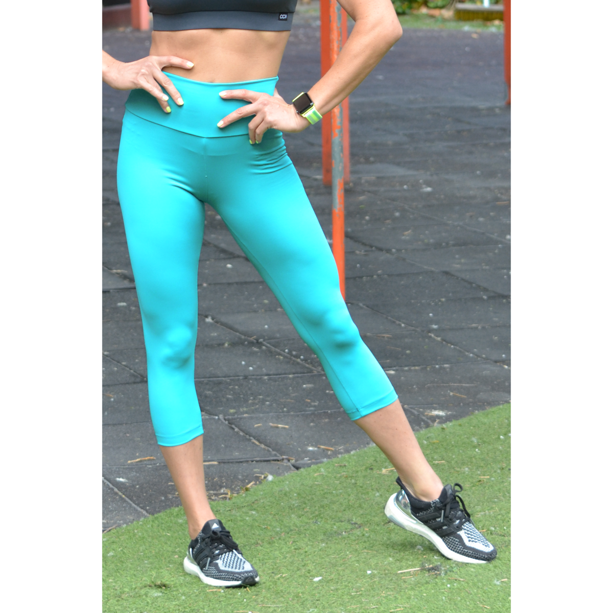 Menta basic magasderekú női fitness sport caprinadrág