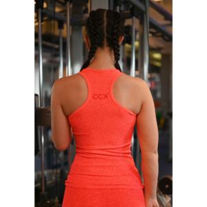 Melange korall-piros női fitnesz atléta