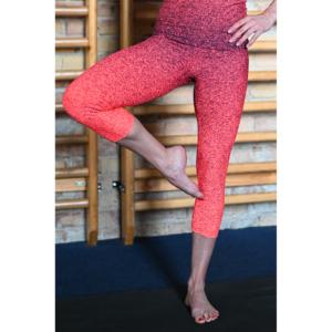Melange neon korall-fekete női fitnesz capri nadrág