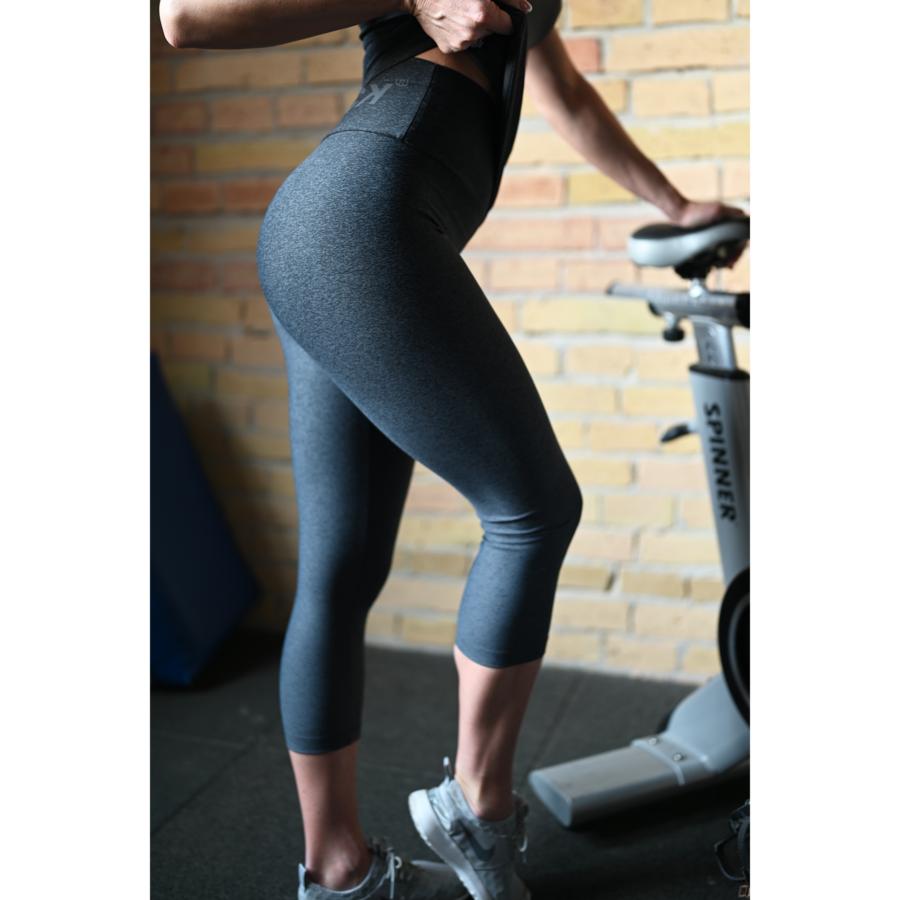 Melange szürke fekete női fitnesz capri nadrág